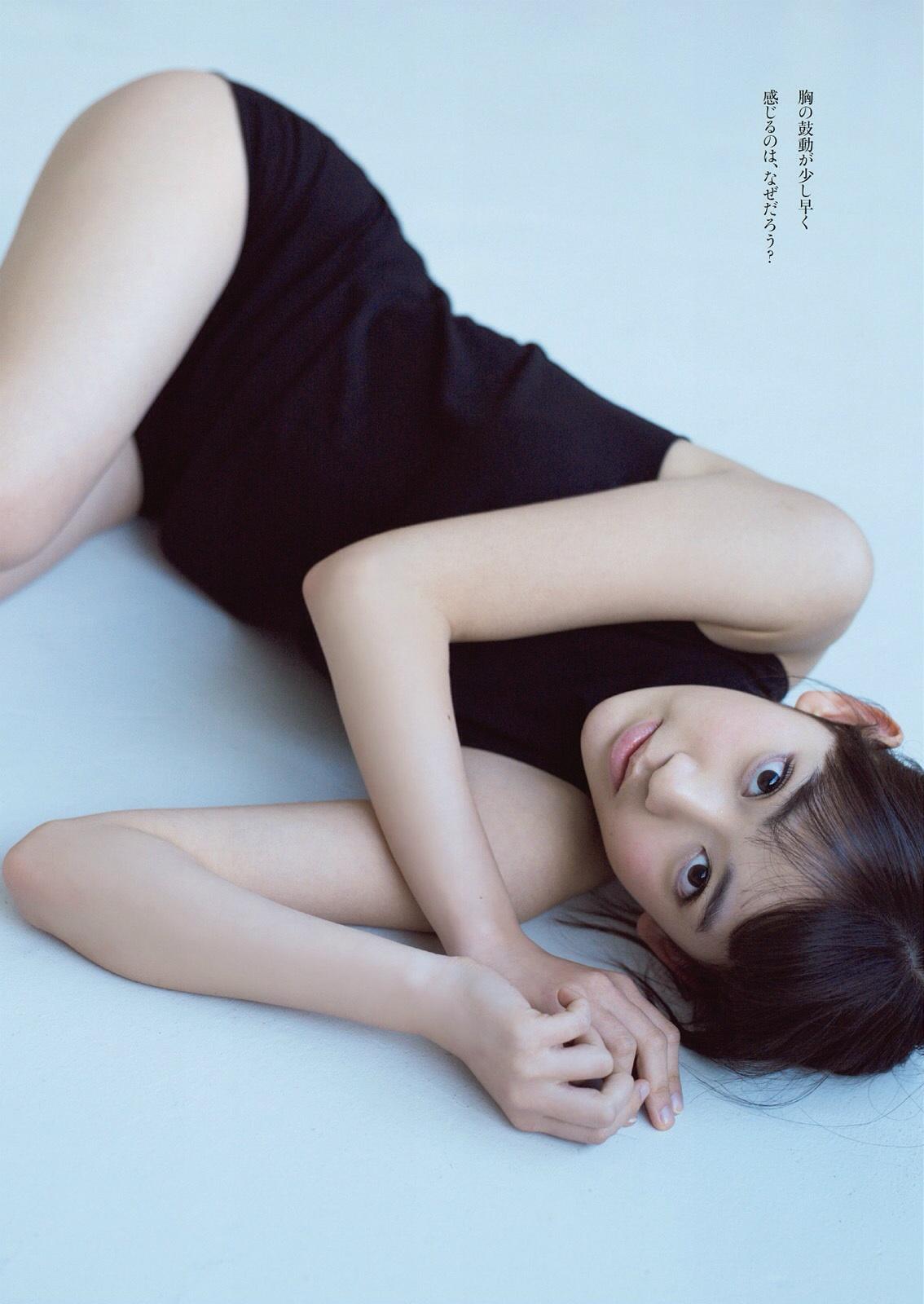 宮脇咲良 週プレ2014 2月 (3)