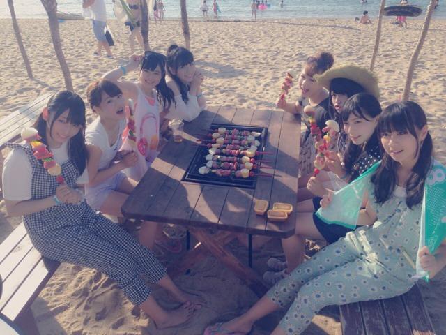 AKB48新聞 HKT48 8人で海