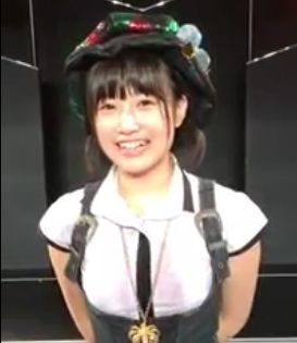 朝長美桜 二つ結び (7)