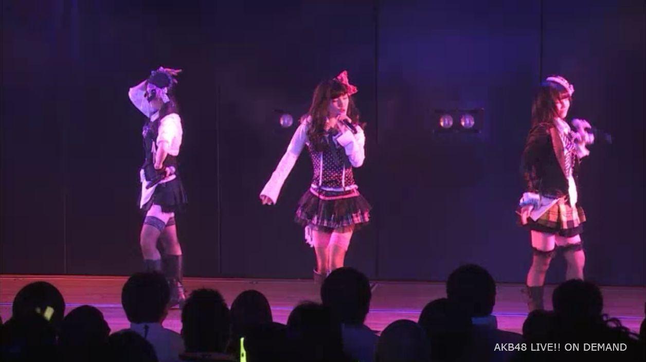 AKB48岡田奈々 口移しのチョコレート (42)