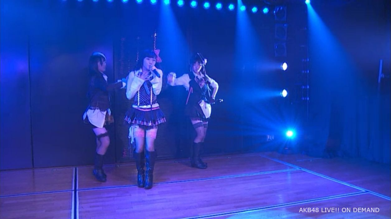 AKB48岡田奈々 口移しのチョコレート (32)