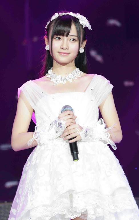AKB48グループ新聞8月号 (1)