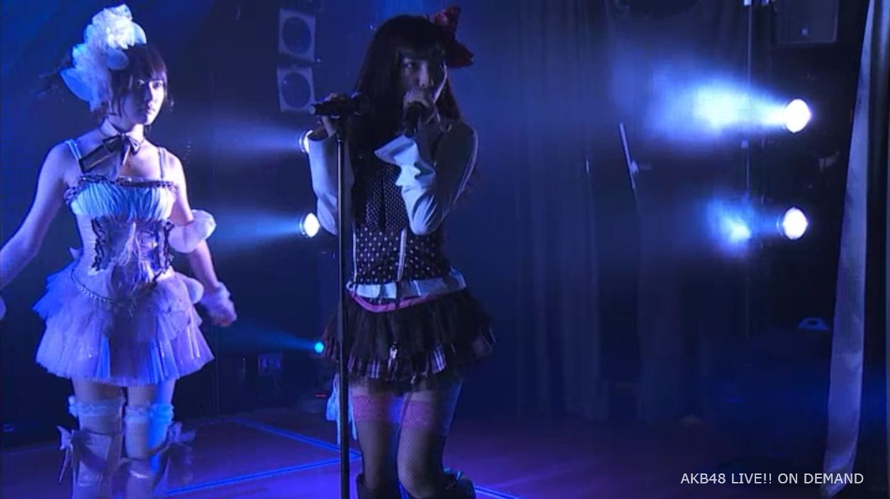 AKB48岡田奈々 口移しのチョコレート (4)