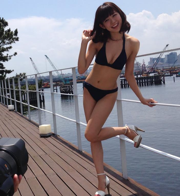 FLASHスペシャル盛夏号  みるきー オフショット (1)