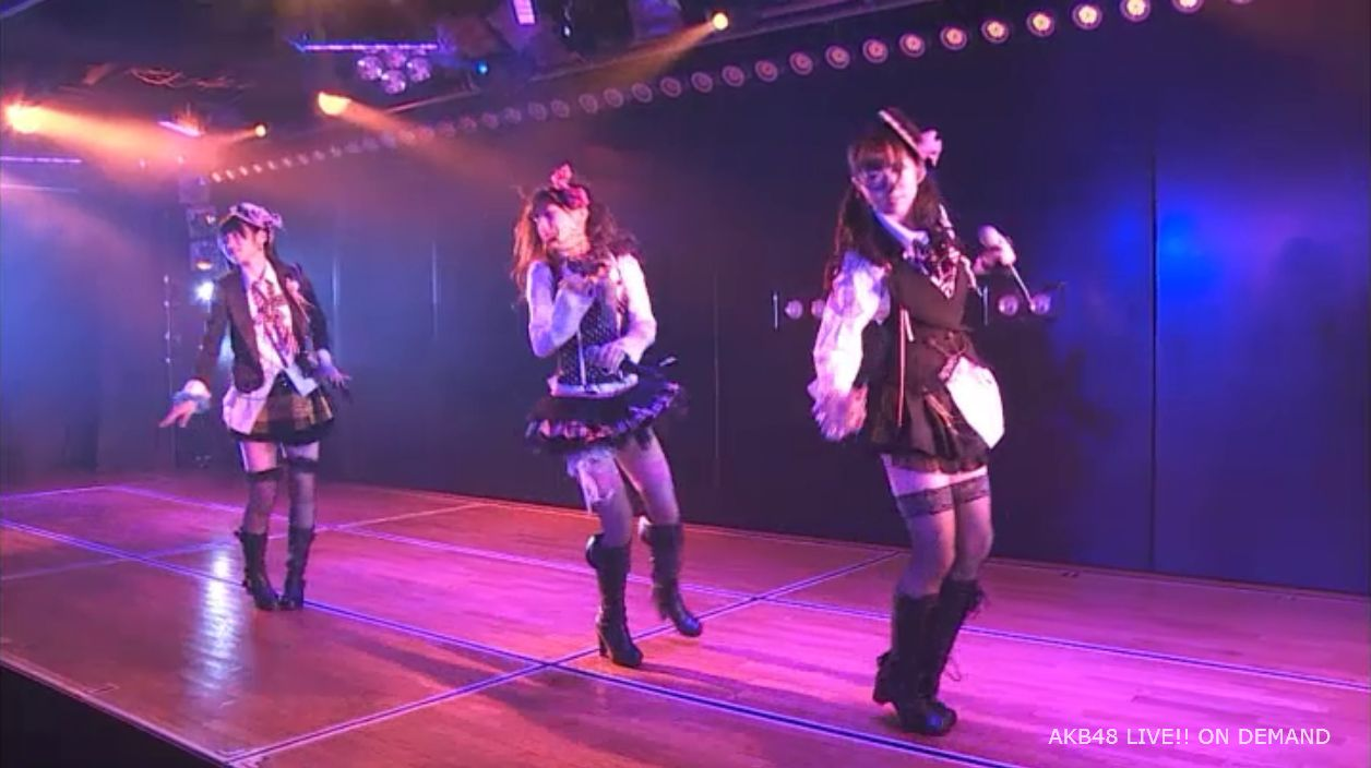 AKB48岡田奈々 口移しのチョコレート (13)