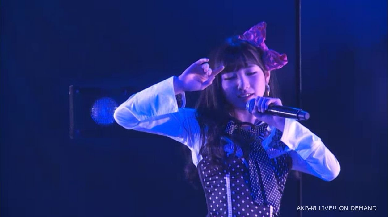 AKB48岡田奈々 口移しのチョコレート (5)
