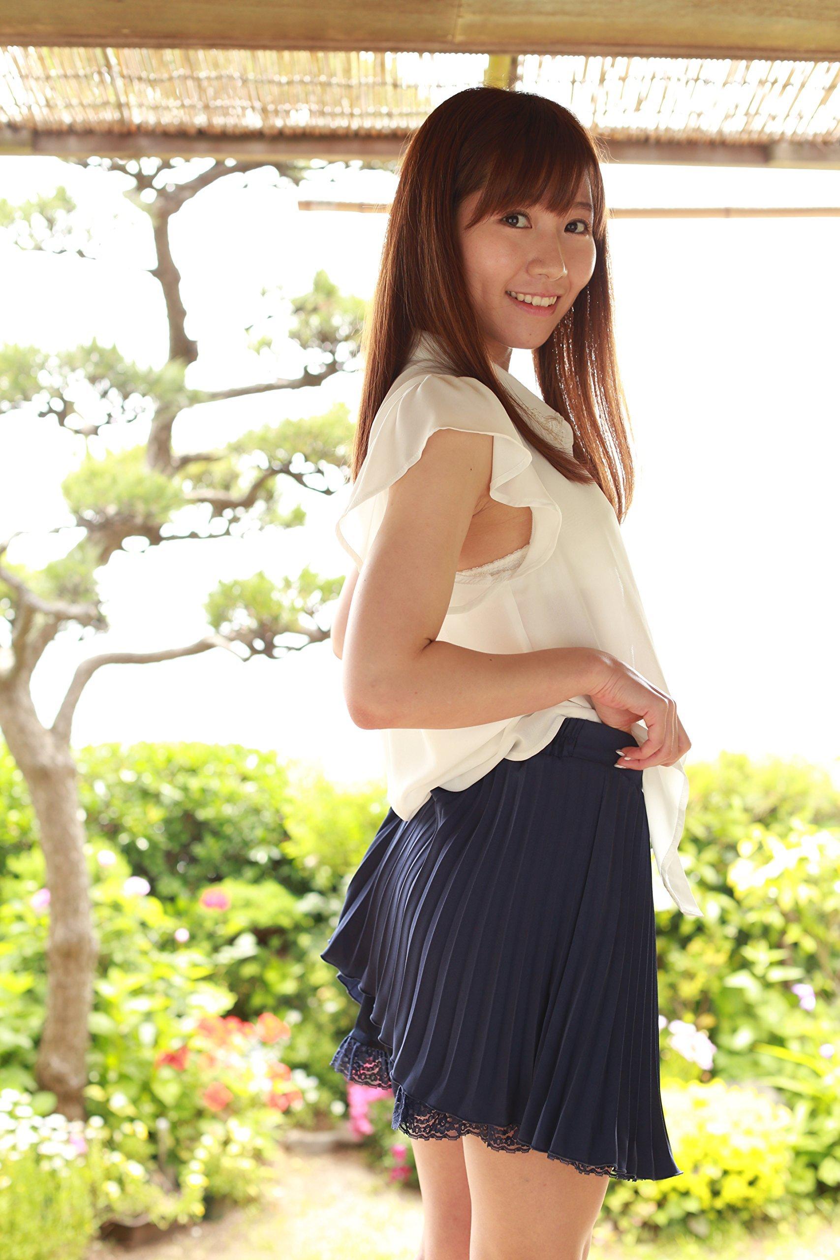 SKE48加藤智子 2ndDVD「ずっと、きっと。」  (2)