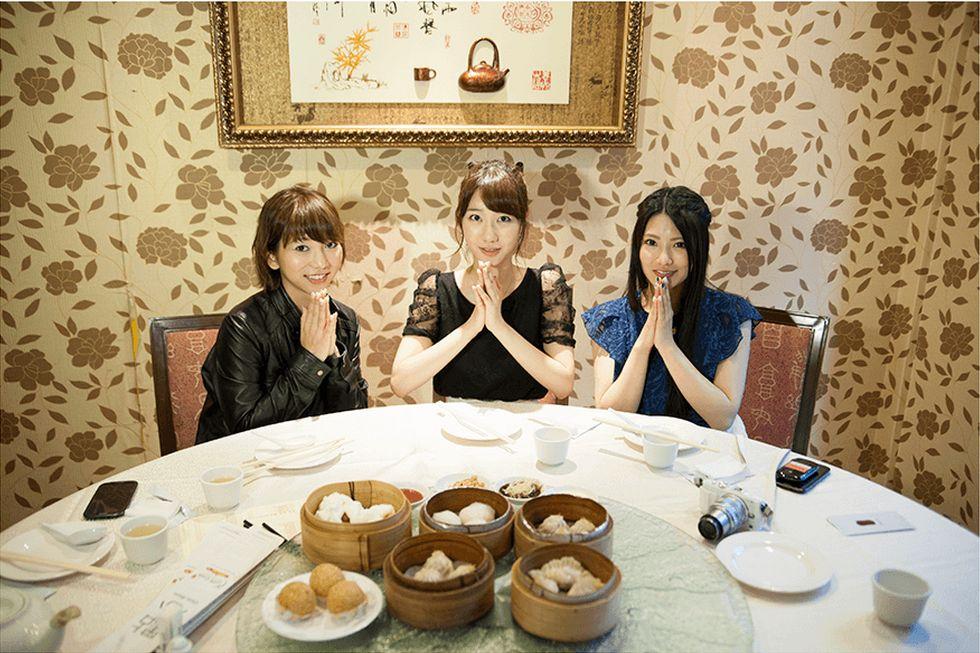 フレンチキスのキス旅  柏木由紀 高城亜樹 倉持明日香  (46)