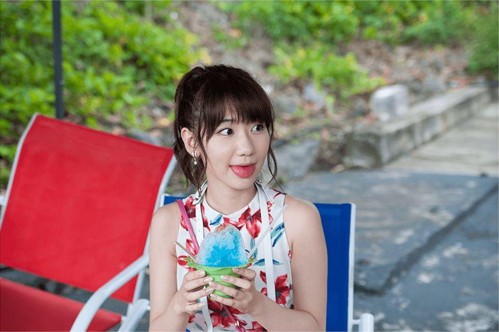 フレンチキスのキス旅  柏木由紀 高城亜樹 倉持明日香 (39)