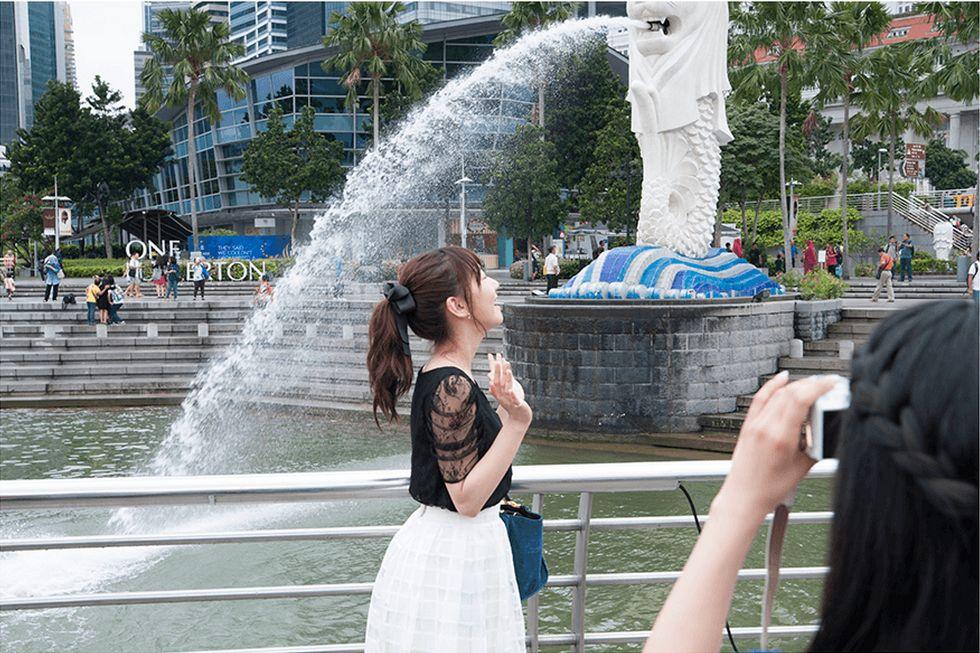 フレンチキスのキス旅  柏木由紀 高城亜樹 倉持明日香  (53)