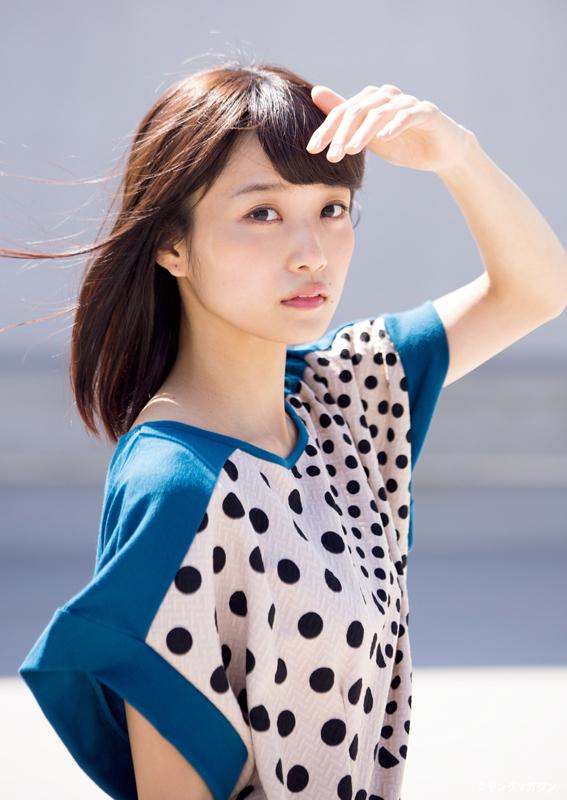 ヤングマガジンNo.46 桜井玲香&深川麻衣 乃木坂 (3)