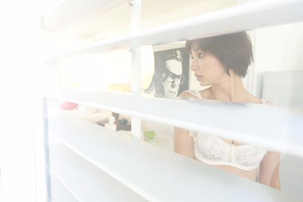 篠田麻里子 ヤングジャンプNo.4・5合併号 (16)