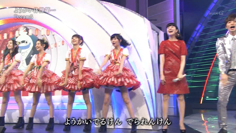 宮脇咲良 HKT48 紅白歌合戦2014 (31)