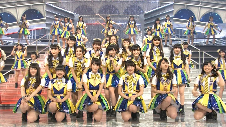 宮脇咲良 HKT48 紅白歌合戦2014 (4)