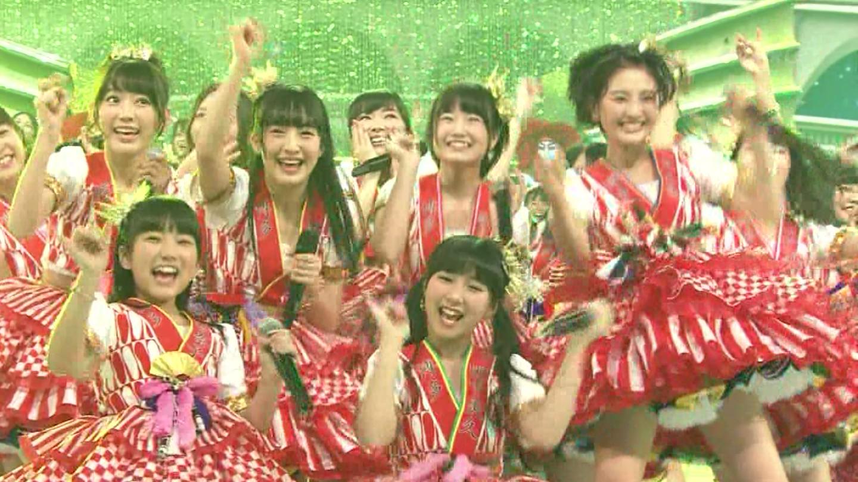 宮脇咲良 HKT48 紅白歌合戦2014 (32)