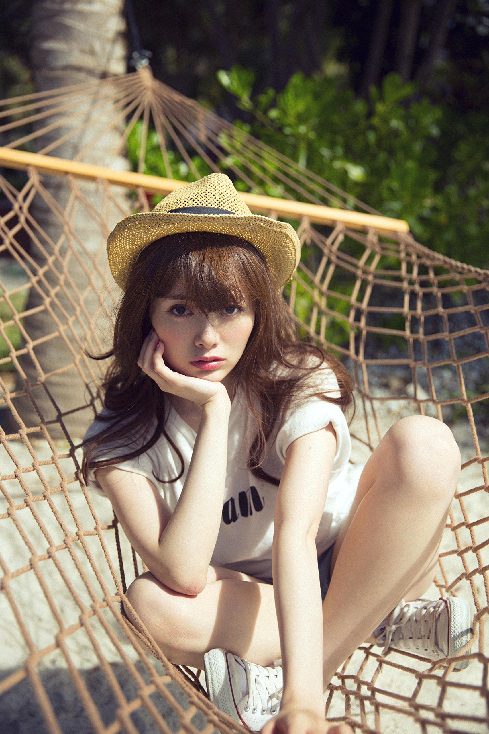 乃木坂46 白石麻衣1stフォトブック MAI STYLE (2)