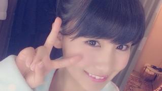 AKB48 小嶋真子ソロ表紙 漫画アクションNo.6  (1)