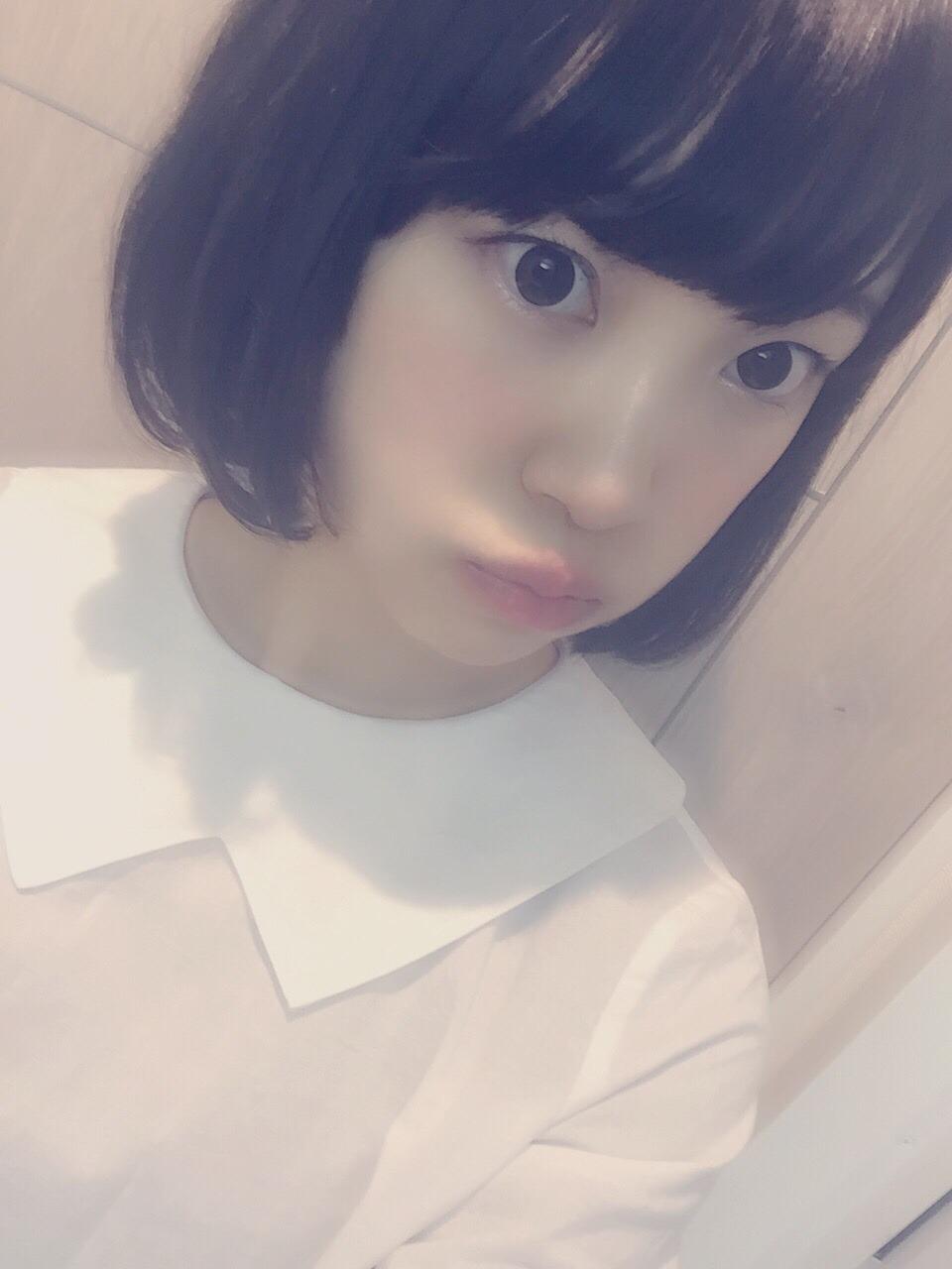 乃木坂46 堀未央奈 髪を切るショートボブ (10)
