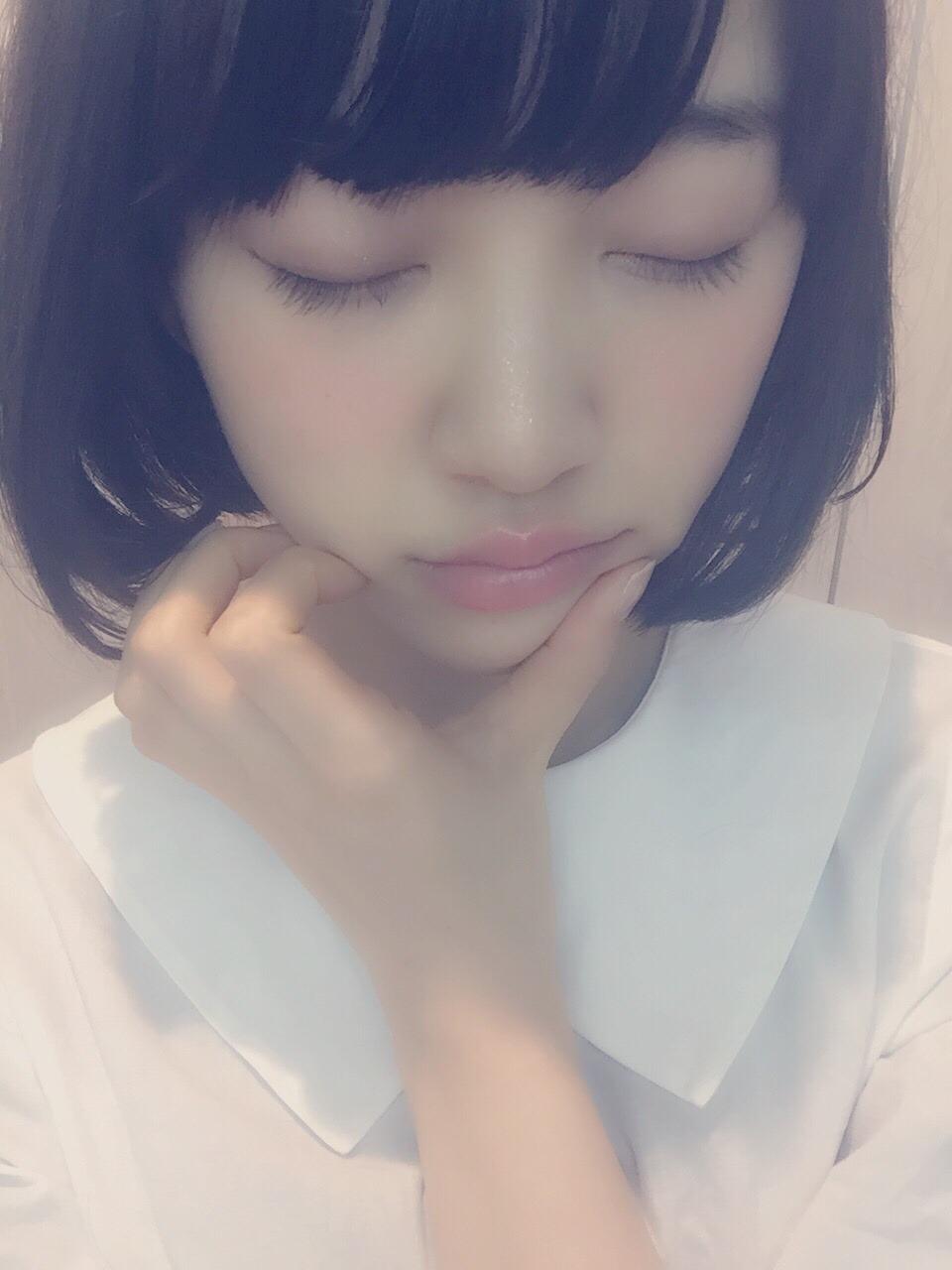 乃木坂46 堀未央奈 髪を切るショートボブ (8)