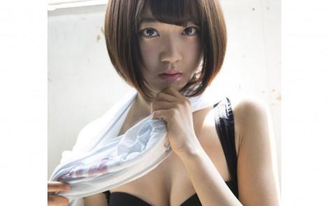 宮脇咲良EX大衆オフショット水着グラビア  (5)