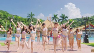 NMB48ドリアン少年 水着MV