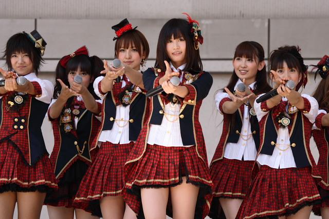 AKB48言い訳maybe衣装 (1)