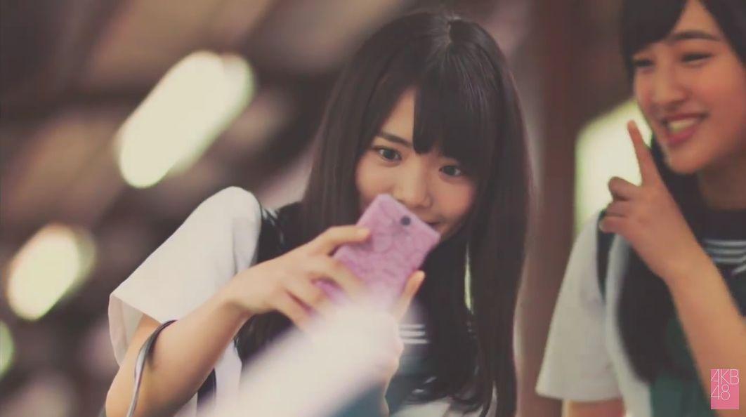 セーラー服の朝長美桜、田島芽留、渕上舞かわいい [AKB48さよならサーフボードMV] (5)