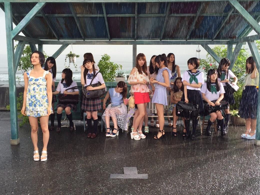 セーラー服の朝長美桜、田島芽留、渕上舞かわいい [AKB48さよならサーフボードMV] (3)