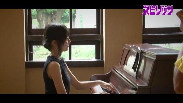 生田絵梨花 表紙 ビッグコミックスピリッツ2015年44号 乃木坂46  (13)