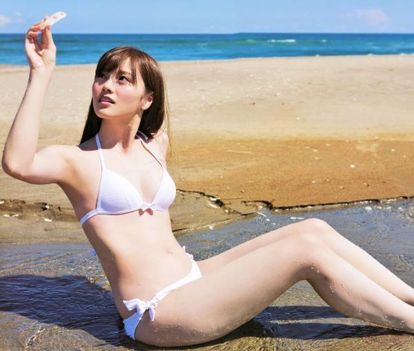 乃木坂46 白石麻衣など水着 (11)