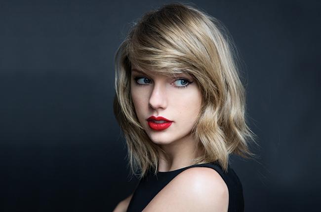 Taylor Swift(テイラー・スフィフト)