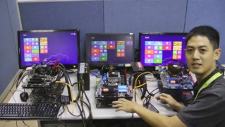 パソコン起動4.8秒の動画 マザーボードASRock、ASUS (2)