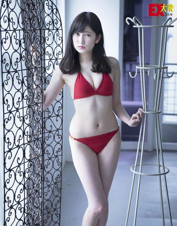 吉田朱里 EX大衆 水着 オフショット (2)