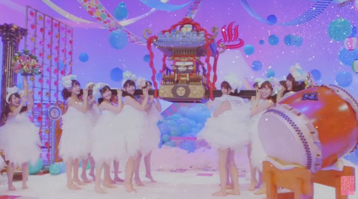MVの加藤玲奈すごいw 恋をすると馬鹿を見る [AKB48チームB銭湯] (9)