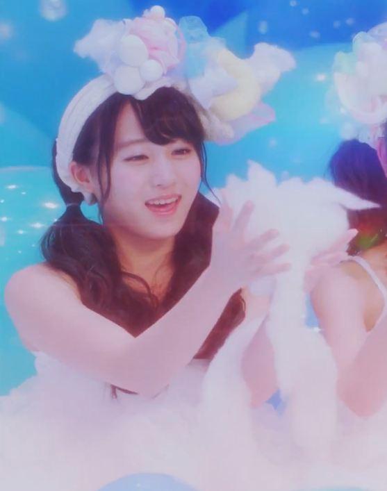 天使だ(確信) 坂口渚沙MV「恋をすると馬鹿を見るAKB48チームB」 (4)