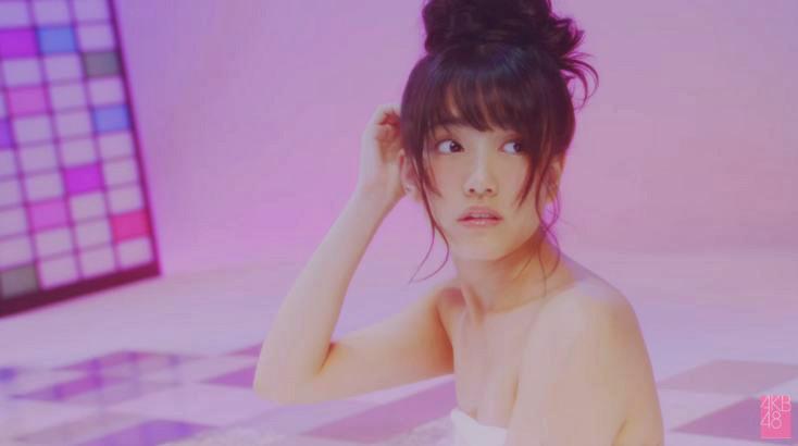 MVの加藤玲奈すごいw 恋をすると馬鹿を見る [AKB48チームB銭湯] (3)