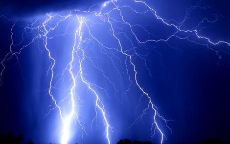 サンダー thunder (1)